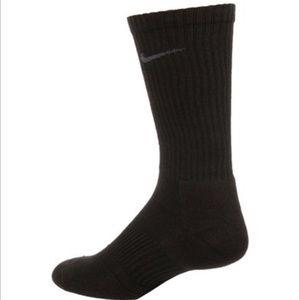 Nike Dri-Fit Cushion Crew Socks